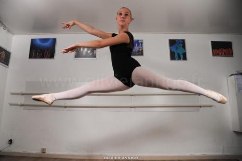 a-l-ecole-de-danse-cours-classique-pointe-studio-pirouette-antibes-06