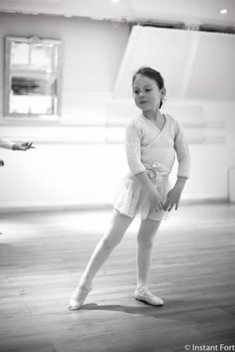 a-l-ecole-de-danse-cours-eveil-studio-pirouette-antibes-1