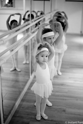 a-l-ecole-de-danse-cours-eveil-studio-pirouette-antibes