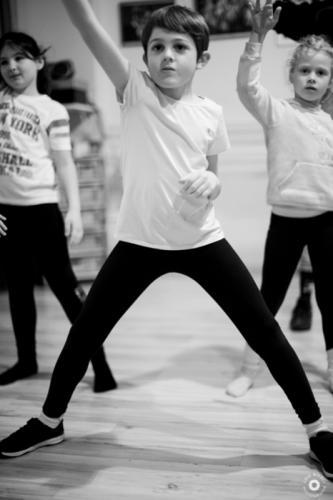 a-l-ecole-de-danse-cours-hip-hop-studio-pirouette-antibes-06